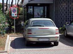 un parcheggio riservato